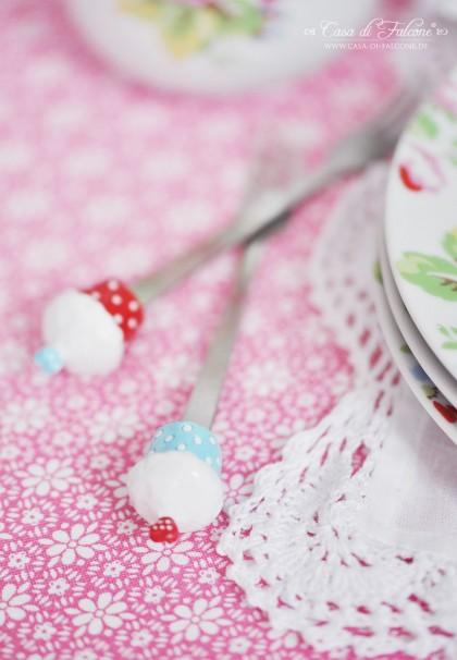 Kuchengabeln mit Cupcakes