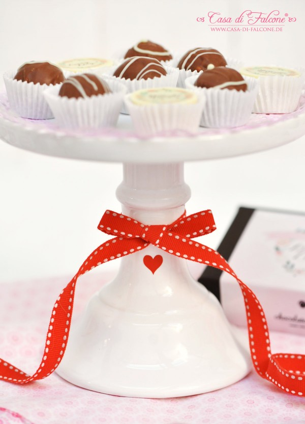 Valentinstag I Dreierlei Liebelei-Pralinen {Kollektion von chocolate valley} I individuelle Aufkleber I Casa di Falcone