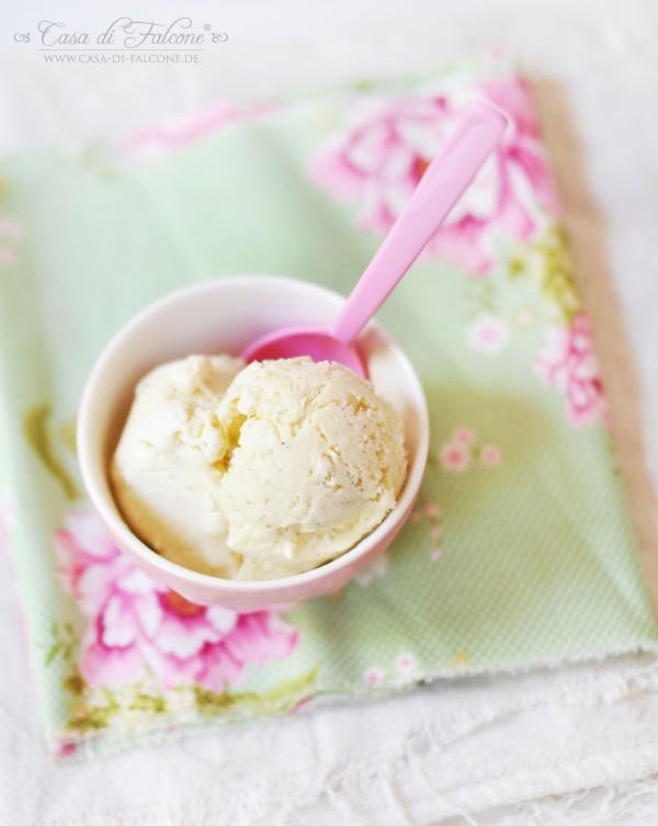 Vanille-Schmand-Eis {Rezept} ohne Eismaschine I Casa di Falcone