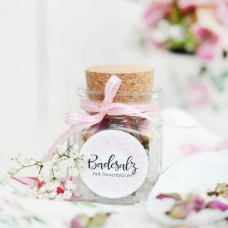 Badesalz mit Rosenblüten I Rezept I Gastgeschenk