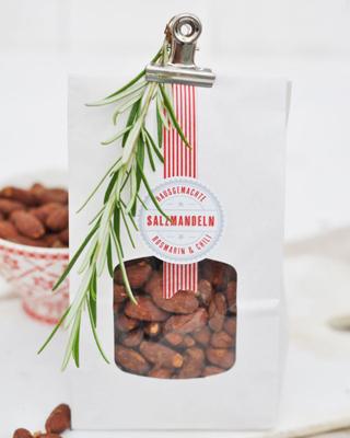 Salzmandeln mit Rosmarin & Chili Rezept